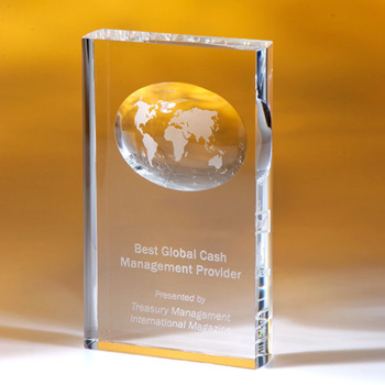 Cambridge Vertical Award with Globe